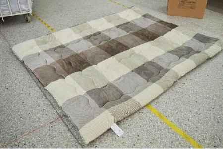 凉感素色床垫