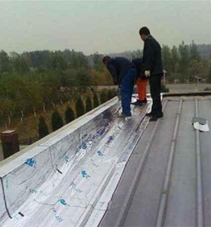 屋顶漏雨维修价格
